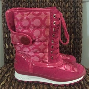 Coach Dorean pink logo woman's warm boots Size-5